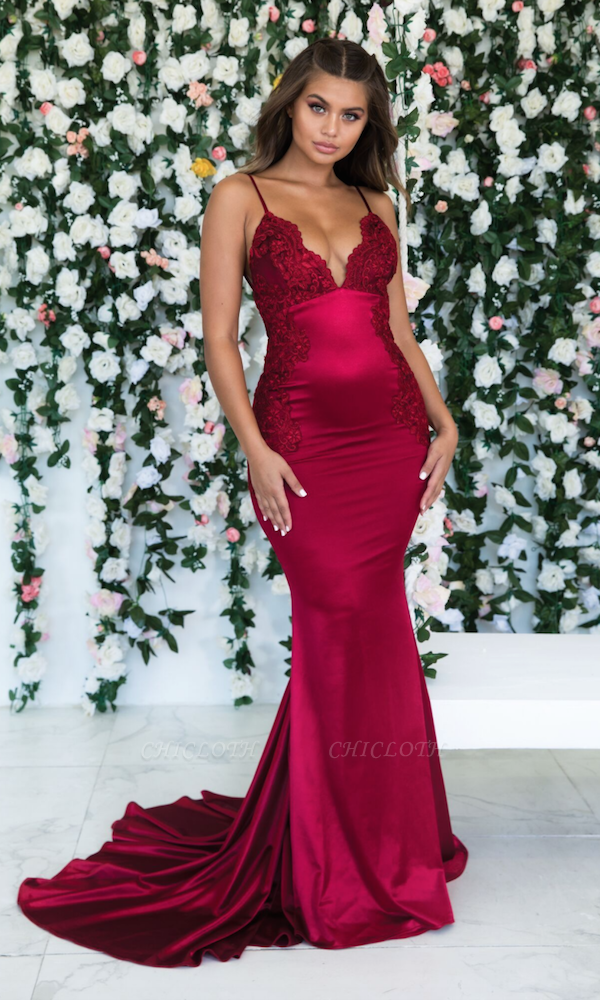 Burgundy Spaghetti-Straps Lace Appliques Mermaid Backless Prom Dress