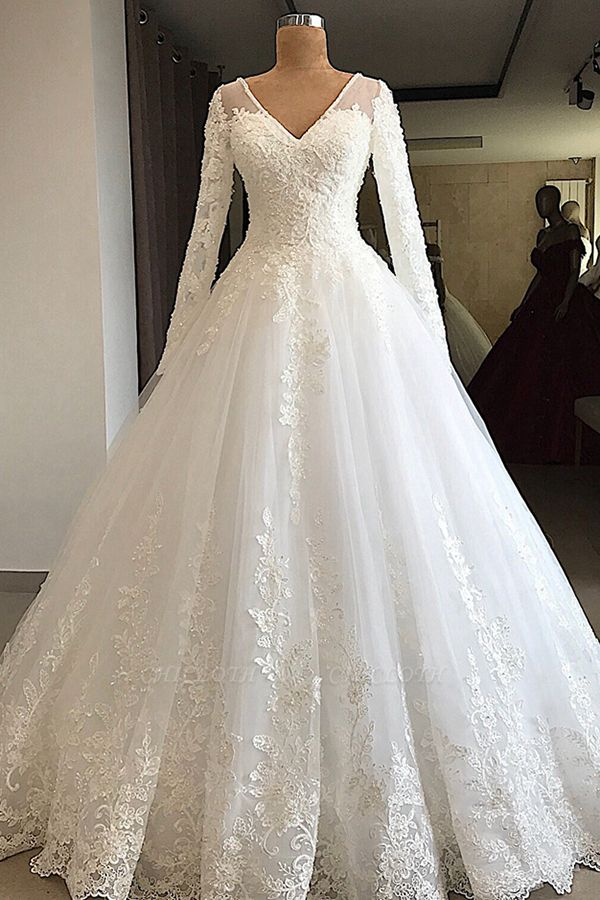 Chicloh Gorgeous Long Sleeve Appliques Tulle Wedding Dress