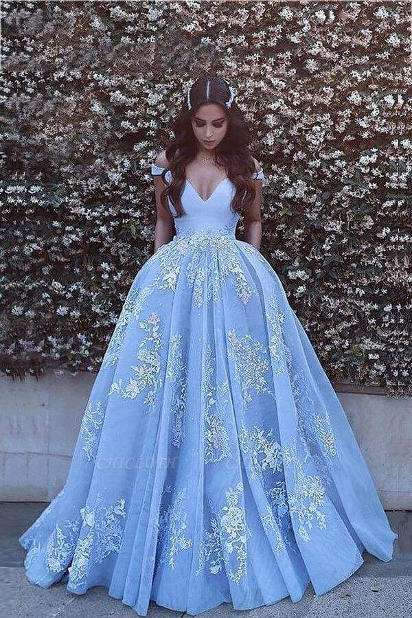 Chicloth Applique Brush Train Blue Ball Gown Prom Dresses