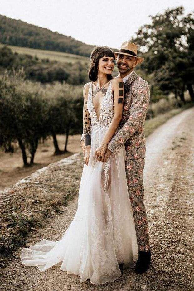 Chicloth Deep V Neck Thigh Split Beach Vintage Wedding Dress