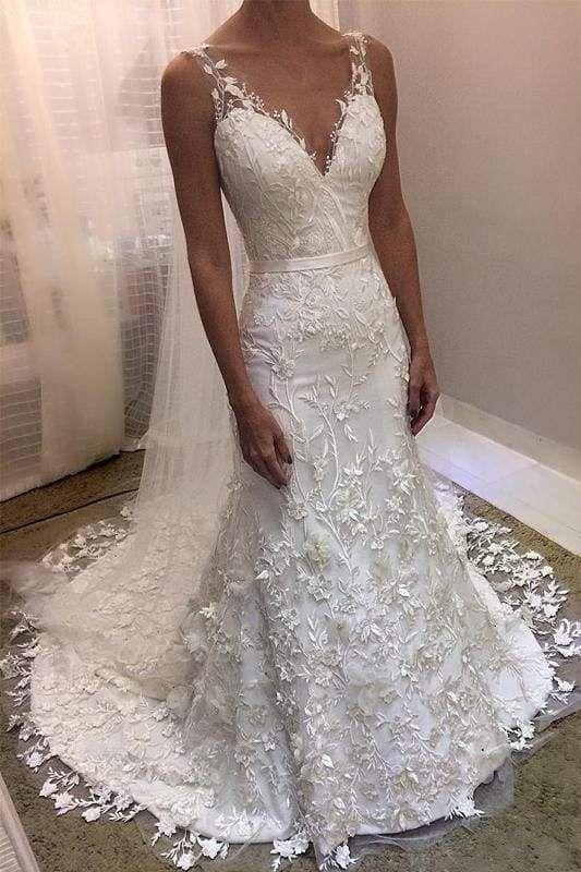 Chicloth Ivory V Neck Sheath Sleeveless Backless Charming Lace Wedding Dress