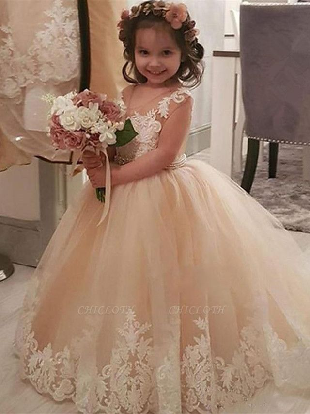 Princess / Ball Gown Sweep / Brush Train Wedding / Party Flower Girl Dresses - Lace / Tulle Long Sleeve V Neck With Pleats / Appliques