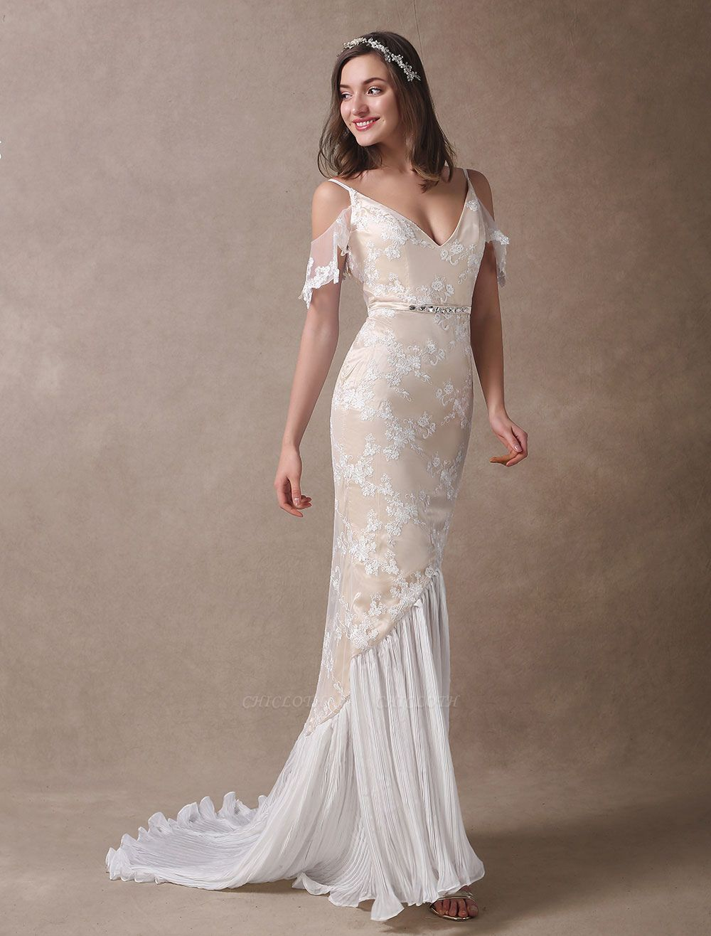 Boho Bridal Dresses Champagne Lace Beach Bridal Dress Mermaid V Neck Backless Beaded Summer Wedding Gowns Exclusive