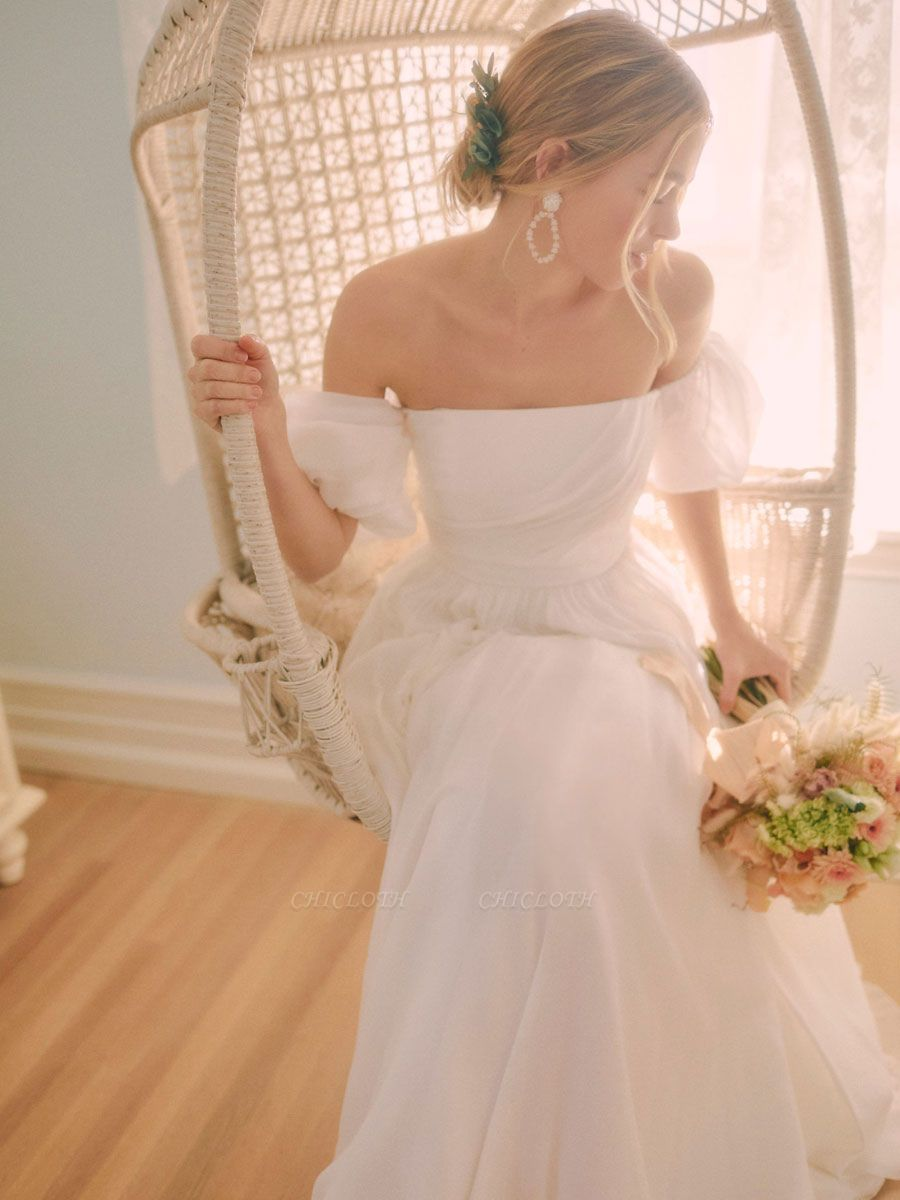 White Vintage Wedding Dress A-Line Off The Shoulder Chiffon Strapless Long Bridal Gowns
