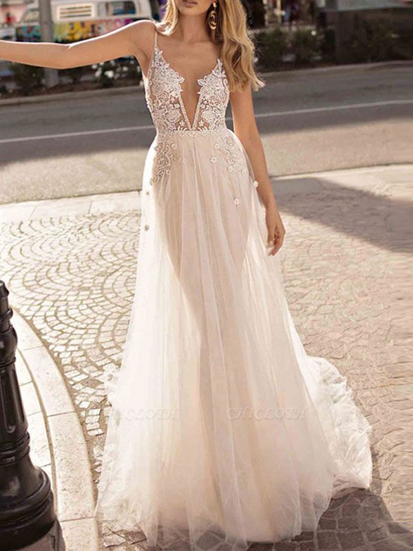 Boho Wedding Gowns 2021 A Line V Neck Straps Sleeveless Tulle Beach Bridal Gowns