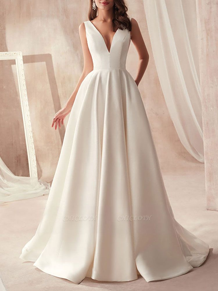 Vintage Wedding Gowns 2021 A Line V Neck Sleeveless Floor Length Pleat Bridal Gowns With Train