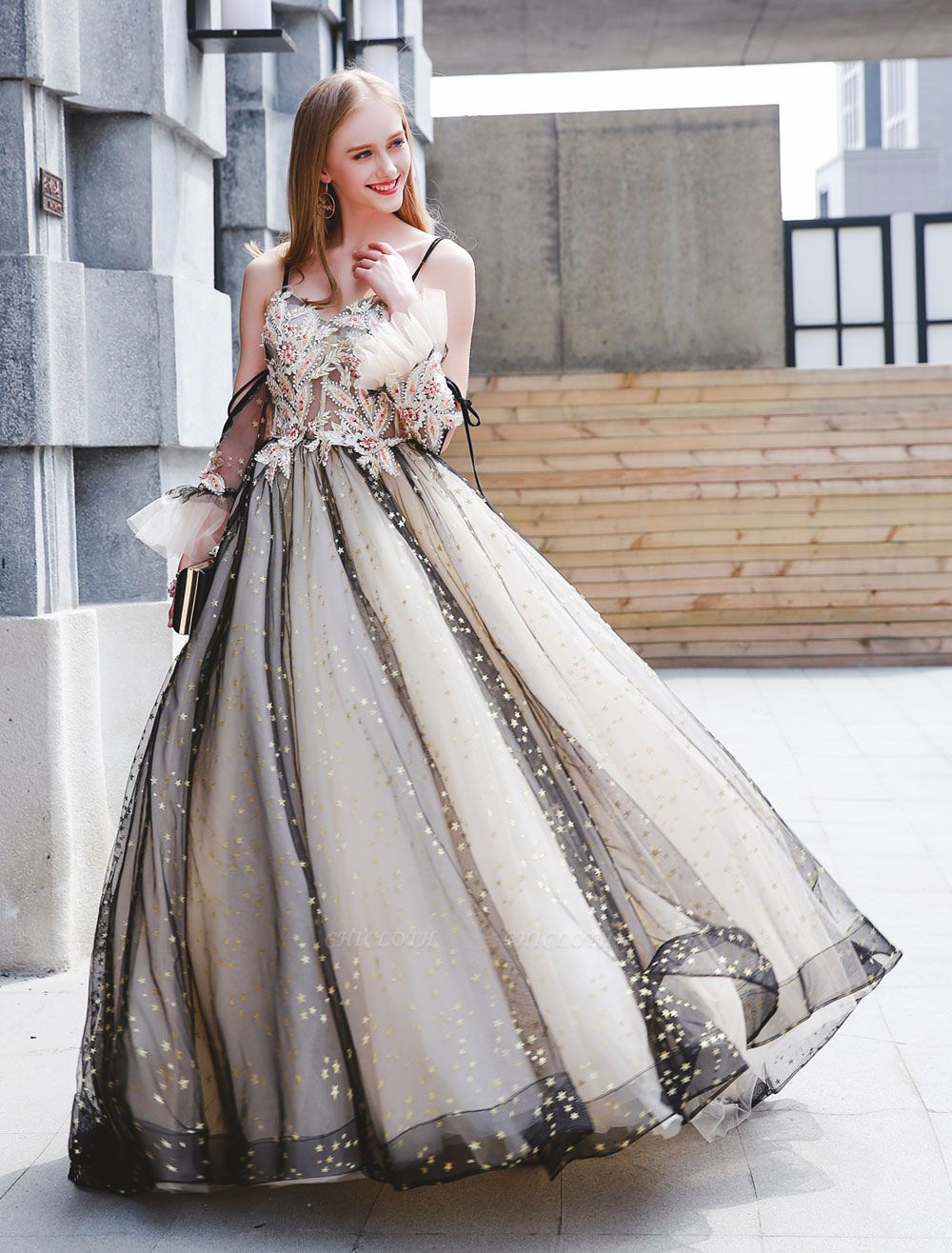 Black Quinceanera Dresses Luxury Tulle Ball Gowns Pearls Beaded Maxi Women Pageant Dress