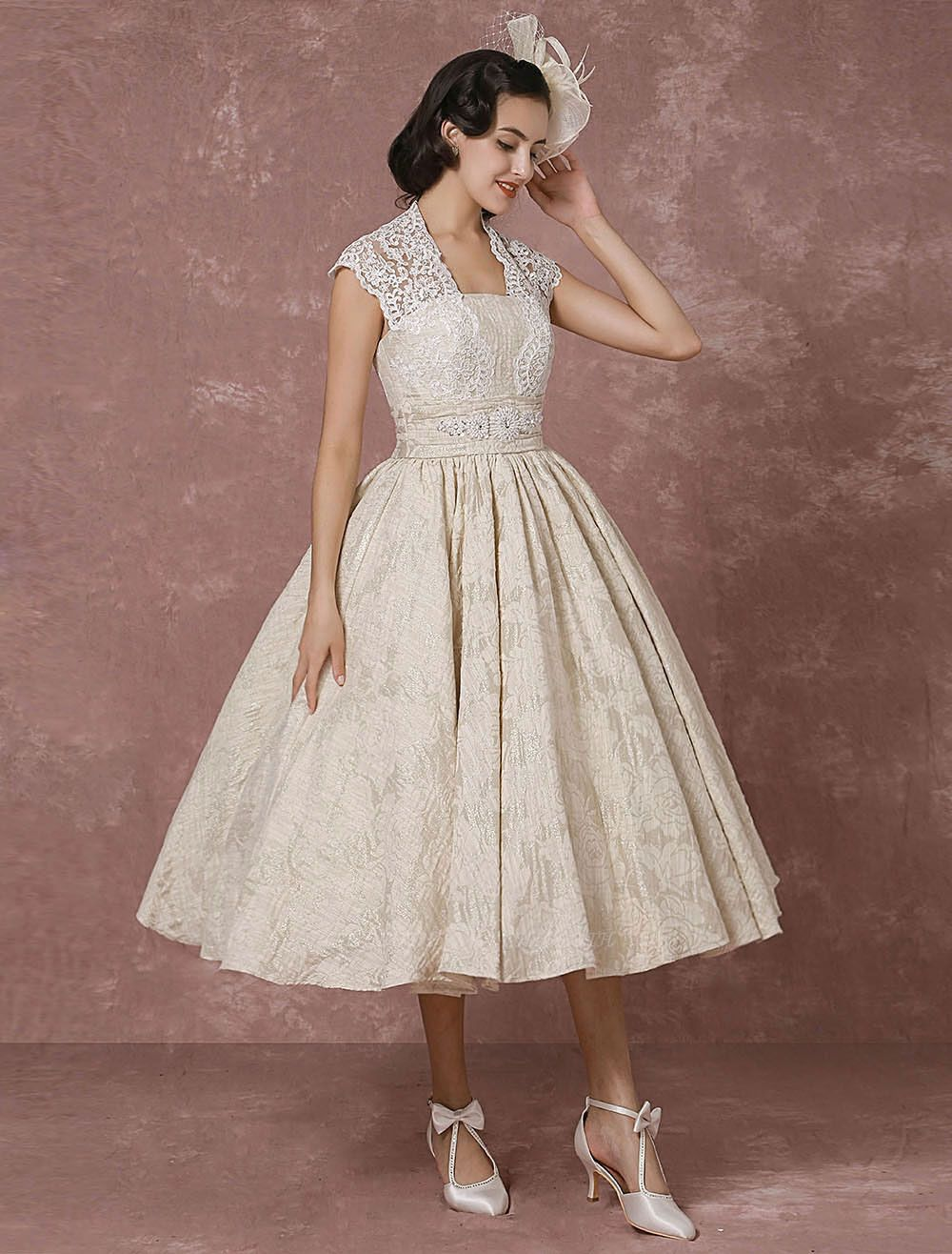 Short Wedding Dress Lace Champagne Vintage Bridal Dress Ball Gown Beading Backless Tea-Length Bridal Gown With Sash Exclusive