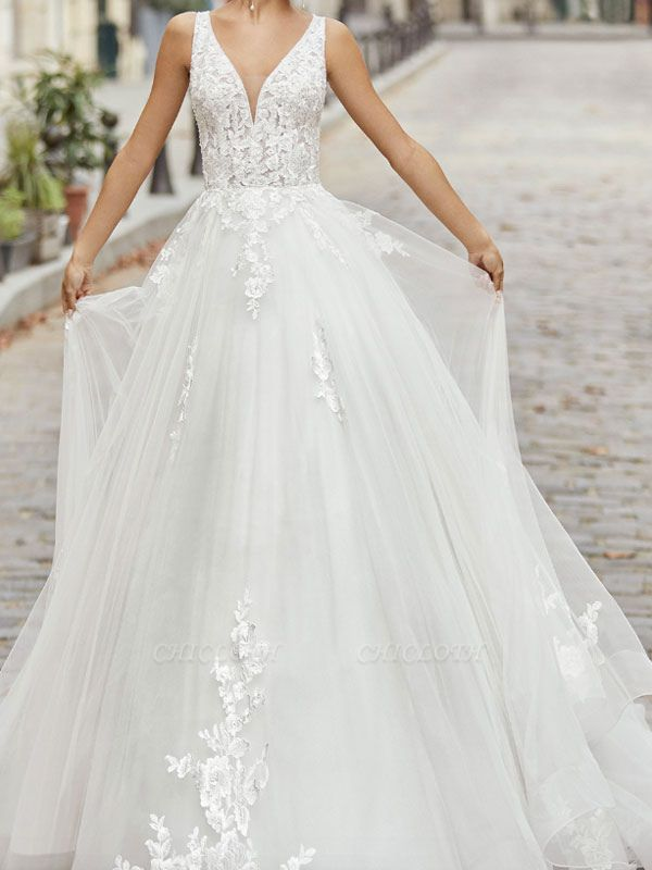 Ivory Vintage Wedding Dress A Line V Neck Sleeveless Applique With Long Train Bridal Gowns