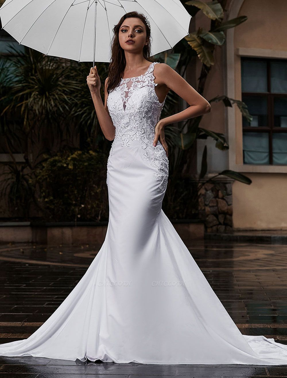 Customize Wedding Gowns With Train Sleeveless Beaded Square Neck Bridal Gowns