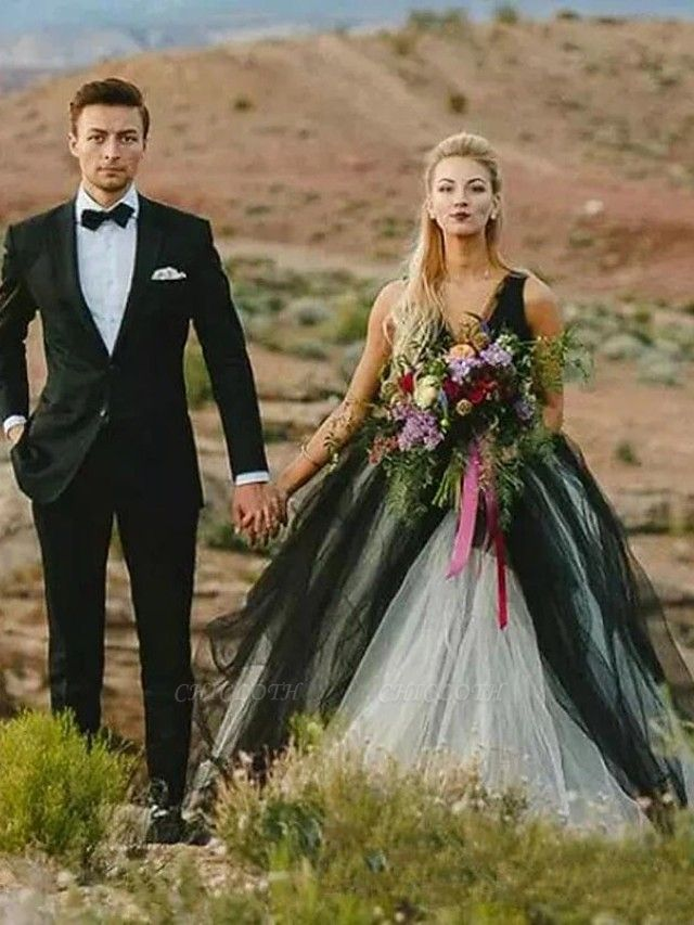 Ball Gown Wedding Dresses V Neck Court Train Tulle Regular Straps Sexy Plus Size Black