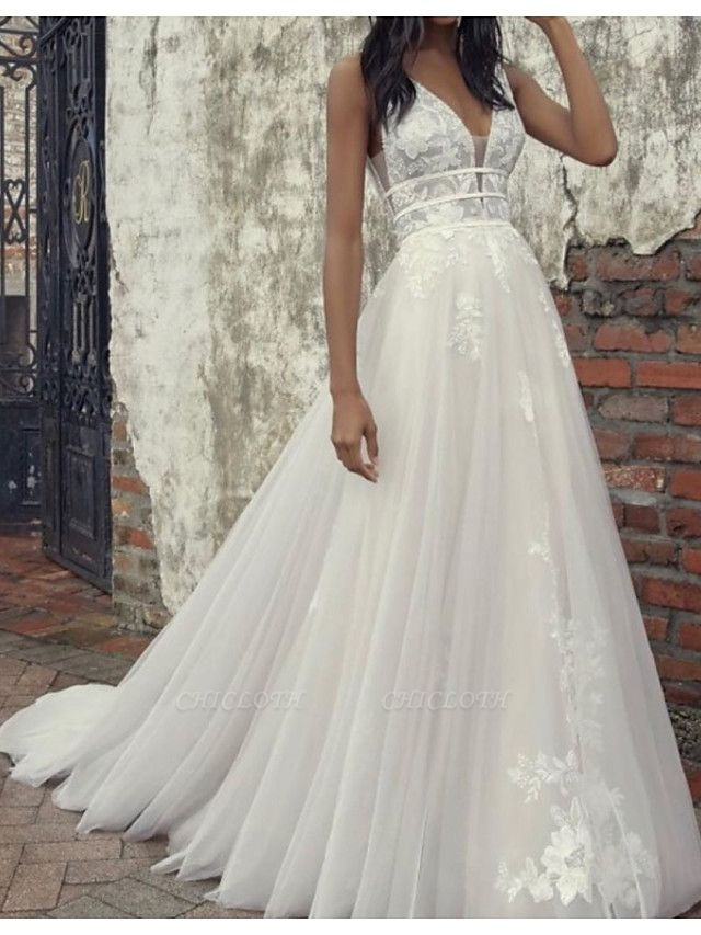 A-Line Wedding Dresses Plunging Neck Court Train Tulle Sleeveless Country Plus Size