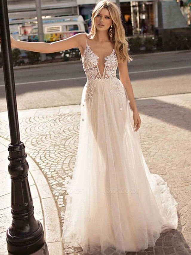 A-Line Wedding Dresses V Neck Court Train Lace Tulle Spaghetti Strap Beach Boho See-Through Backless