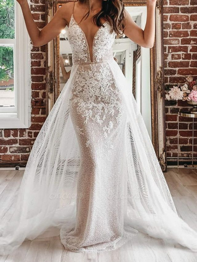 A-Line Wedding Dresses Spaghetti Strap Plunging Neck Court Train Detachable Lace Tulle Sleeveless Country Plus Size