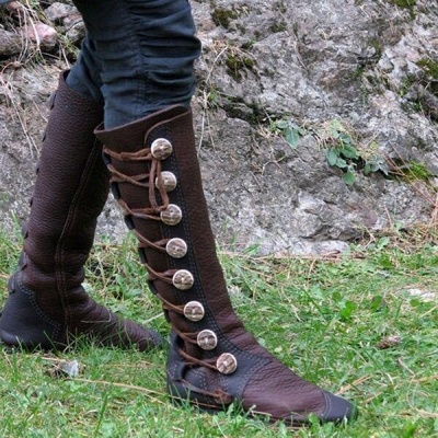 B| Chicloth Women Fashion Leather Boots Side Buttons Bandage Boots_2