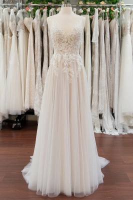 Chicloth Chic V-neck Appliques Tulle A-line Wedding Dress_1