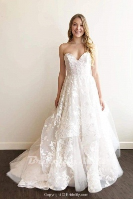 Chicloth A-line Sweetheart Lace Appliqued Court Train Wedding Dress_2