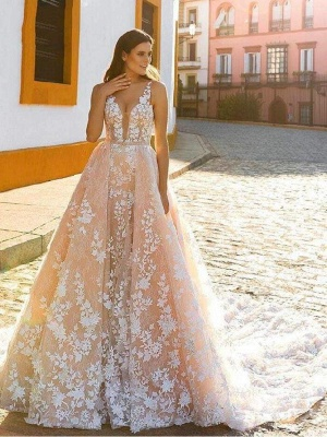 Chicloth Spaghetti Strap Covered Button Wedding Dress with Detachable Train_1