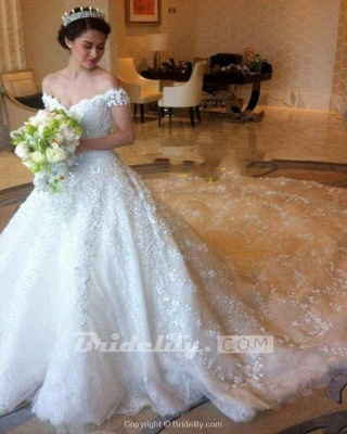 Chicloth Gorgeous Off the Shoulder Puffy Princess Lace Wedding Dress_5