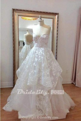 Chicloth A-line Sweetheart Lace Appliqued Court Train Wedding Dress_3