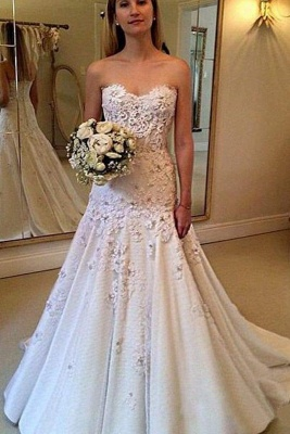 Chicloth Elegant Sweetheart with Lace Appliques Strapless Wedding Dress_1