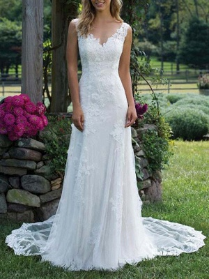 Wedding Dress Lace V Neck Sleeveless Sheath Floor Length Bridal Gown With Court Train_1