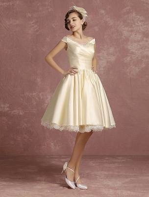 Short Wedding Gownses Satin Vintage Princess Wedding Dresses Knee Length Sleeveless Lace Edge Pleated Bridal Gown With Ribbon Bow Exclusive_6