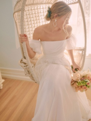 White Vintage Wedding Dress A-Line Off The Shoulder Chiffon Strapless Long Bridal Gowns_1