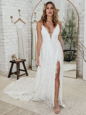 Wedding Dress Ivory V-Neck Backless Sleevelesslace Wedding Gowns With Train_1