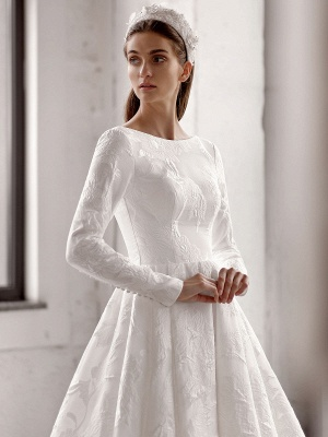 White Simple Wedding Gowns With Train A-Line Jewel Neck Long Backless Sleeves Satin Fabric Bridal Gowns_3