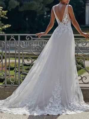 Vintage Wedding Dress 2021 A Line V Neck Straps Sleeveless Lace Appliqued Tulle Bridal Gown_2