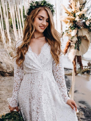 Wedding Gowns With Train V-Neck Long Sleeves Floor-Length Ivory Lace Wedding Gowns_3