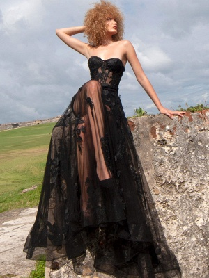Black Gothic Bridal Dresses A-Line Floor-Length Strapless Neck Sleeveless Lace Bridal Gown_1
