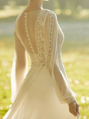 Ivory Wedding Dresses With Court Train A Line Long Sleeves Lace V Neck Bridal Gowns_3