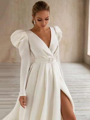 Vintage Wedding Dresses White Bridal Gowns Long Sleeves Wedding Dresses V Neck A Line With Train Bridal Gowns_3