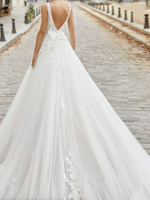 Ivory Vintage Wedding Dress A Line V Neck Sleeveless Applique With Long Train Bridal Gowns_2