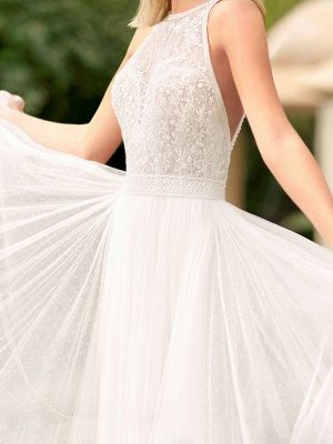 Simple Wedding Gowns With Train Mermaid Dress V Neck Sleeveless Lace Bridal Gowns_2