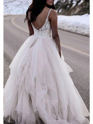 A-Line V Neck Floor Length Lace Tulle Spaghetti Strap Romantic Plus Size Wedding Dresses_2