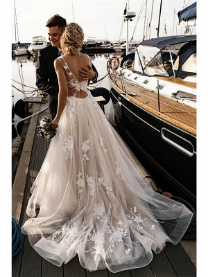 A-Line Wedding Dresses V Neck Court Train Tulle Spaghetti Strap Backless_1