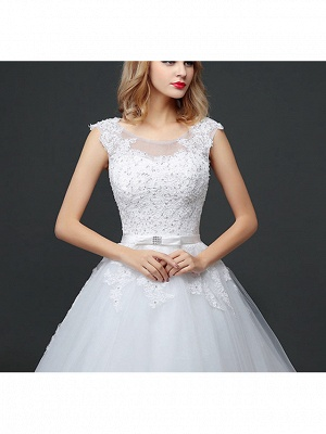 Ball Gown Wedding Dresses Scoop Neck Court Train Lace Tulle Polyester Short Sleeve Romantic_4
