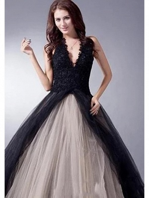 Ball Gown Wedding Dresses V Neck Sweep \ Brush Train Lace Tulle Regular Straps Sexy Plus Size Black Modern_2