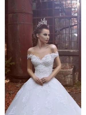 Ball Gown Wedding Dresses Off Shoulder Sweep \ Brush Train Lace Tulle Short Sleeve Glamorous Illusion Detail_4