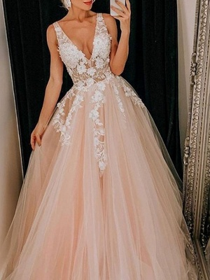 A-Line Wedding Dresses V Neck Floor Length Lace Tulle Regular Straps Boho Plus Size_2