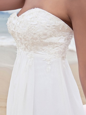 A-Line Wedding Dresses Sweetheart Neckline Court Train Chiffon Strapless Simple Beach Plus Size_5