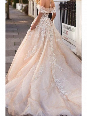 A-Line Wedding Dresses Jewel Neck Court Train Lace Tulle Short Sleeve Formal Wedding Dress in Color_2