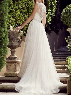 A-Line Wedding Dresses Jewel Neck Court Train Tulle Polyester Sleeveless Country Plus Size_2