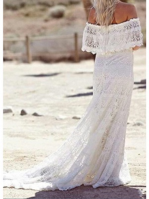 Sheath \ Column Wedding Dresses Off Shoulder Sweep \ Brush Train Lace Half Sleeve Country Plus Size_1