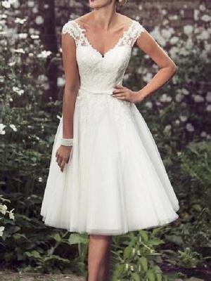 A-Line Wedding Dresses V Neck Tea Length Lace Tulle Cap Sleeve Vintage Plus Size_1