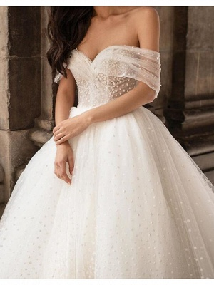 Ball Gown Off Shoulder Chapel Train Tulle Polyester Short Sleeve Country Plus Size Wedding Dresses_3