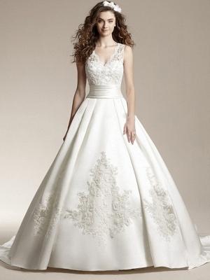 A-Line Wedding Dresses V Neck Court Train Lace Regular Straps_1
